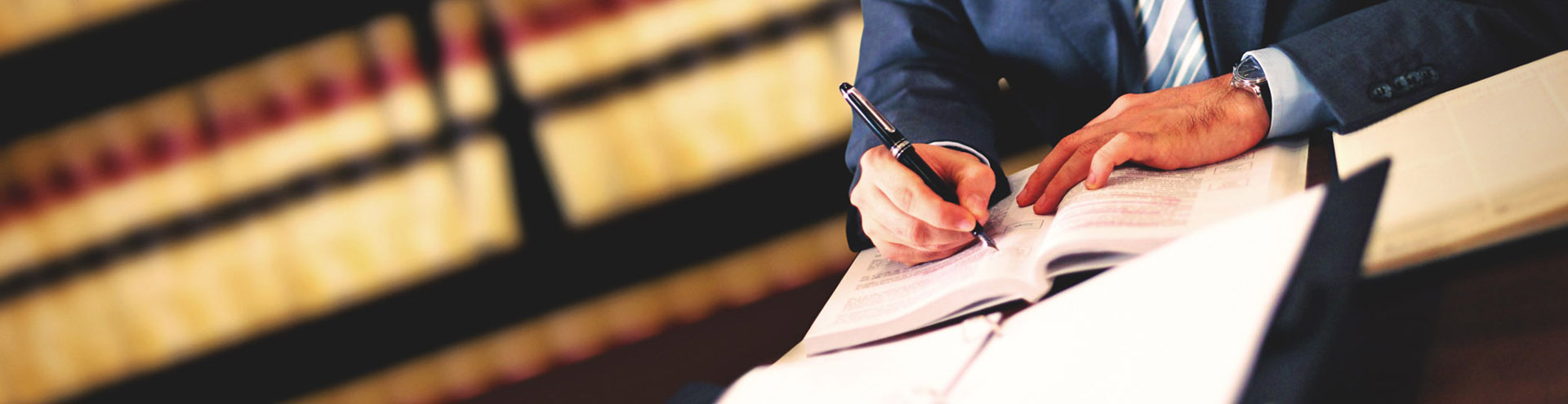 Адвокат по административным делам в Астрахани и Астраханской области